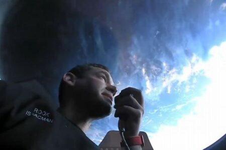 スペースXのロケットで運ばれた4人の民間人、宇宙での様子を公開