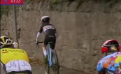 自転車プロレース「ツアー・オブ・ブリテン」で、飛び入り少年が先頭に立つ