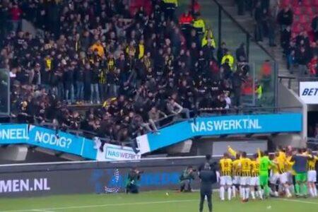 サッカーの観客席が崩壊してもサポーターは大喜び、勝利を祝い続ける