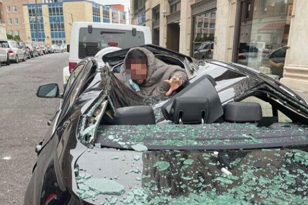 【奇跡】自殺しようと9階から飛び降りた男性、車の屋根に落ち、一命を取り留める