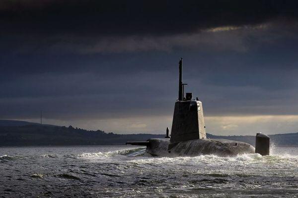 原子力潜水艦の極秘情報をピーナッツバターのパンに隠してリーク、米海軍のエンジニアを逮捕